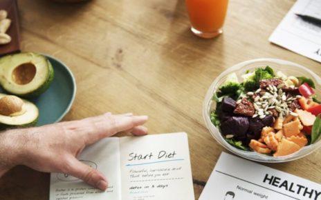 Diet Sering Diremehkan, Begini Solusinya