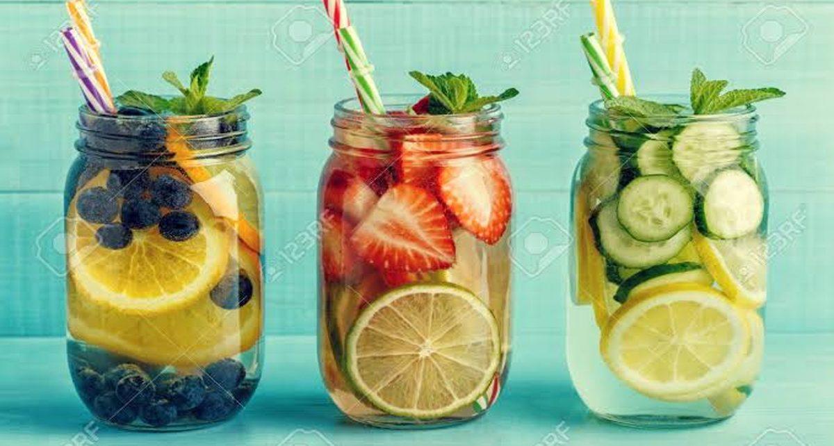 7 Manfaat Rajin Minum Infused Water